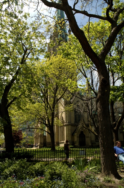 St. James Church from within the adjoining park